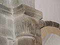 Mialet (Dordogne) église chapiteau.JPG
