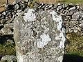 Milestone at path junction - geograph.org.uk - 2278961.jpg