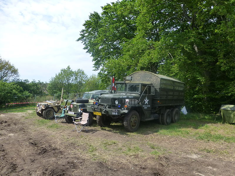 File:Military vehicles at Græsted Veterantræf 2013 05.JPG