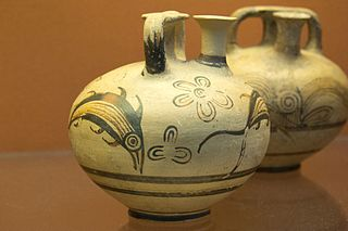 Minoan pottery stirrup jar from Crete 1400-1200 BCE
