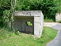 Mont-l'Évêque (60), abri de la 2nde Guerre Mondiale, rue d'Ermenonville - ancienne RN 330.jpg