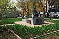 Moscow, artillery memorial in Krestyanskaya Zastava Square (30439587453).jpg