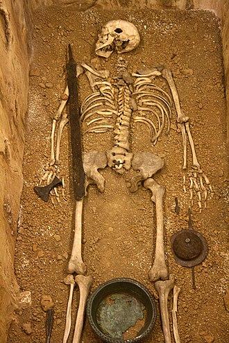 Art & History Museum - Image: Musée Cinquantenaire Frankish tomb