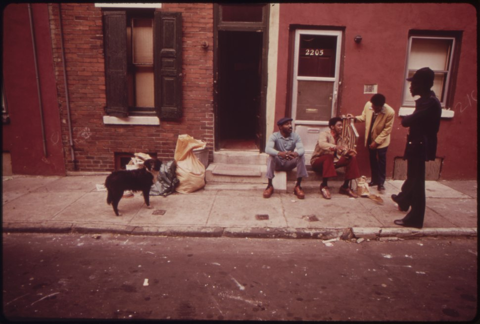 "NORTH PHILADELPHIA JOBLESS BLACKS. MAN STANDING AT RIGHT IS GERALD ""HEAT WAVE"" JONES, WHO WORKS FOR ""THE NETWORK"", A... - NARA - 552754"