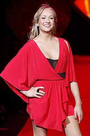 Nastia Liukin - Liukin posing at The Heart Truth fashion show in 2009