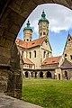 Naumburger Dom mit Blick vom Kreuzgang aus.jpg