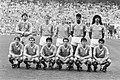 Nederland tegen Hongarije 2-0 het Nederlandse elftal vln (staand) Hiele, Van Ti, Bestanddeelnr 933-9664.jpg