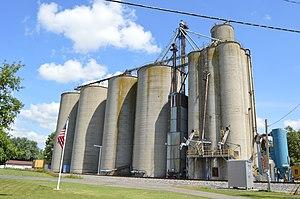 Morral, Ohio - Grain elevator on Neff Street at the railroad
