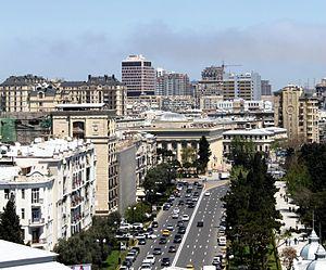 Neftchilar Avenue - Image: Neftchiler Avenue, Baku, 2010 (2)