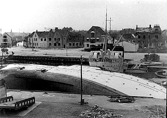 Nexø - Nexø harbour in May 1945, after the Soviet air raid