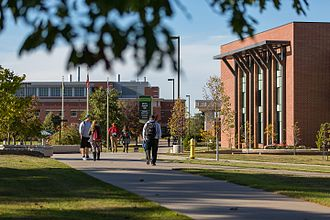 Northern Michigan University - The Academic Mall connects Jamrich Hall, West Science, New Science and the Learning Resource Center.
