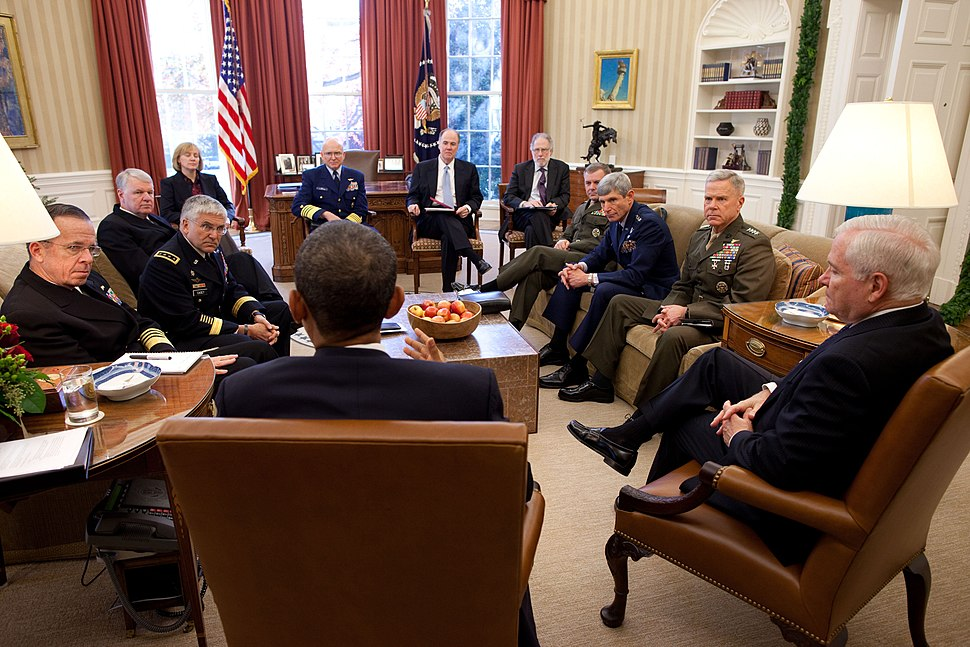 Obama meets with Joint Chiefs about DADT.jpg