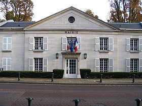 Ormesson-sur-Marne - Town hall.jpg