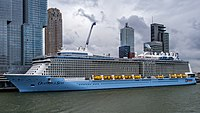 Ovation of the Seas - Nieuwe Maas - Port of Rotterdam (25843859904) (cropped).jpg