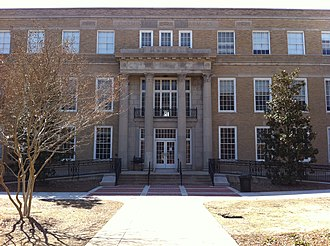 University of Mississippi School of Engineering - Image: Oxford Chemistry Building