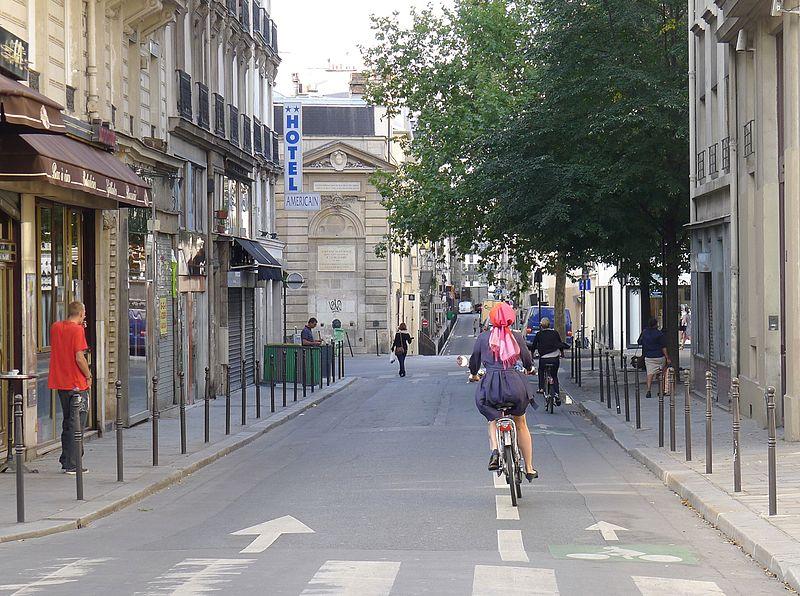 Fichier:P1040613 Paris III rue Charlot rwk.JPG