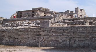 Minoan chronology - Photograph of the Palace.