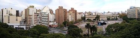 Panorama Plaza de la Intendencia Córdoba (Argentina) 2007-08-01.jpg