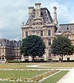 Paris - Louvre 1973.jpg