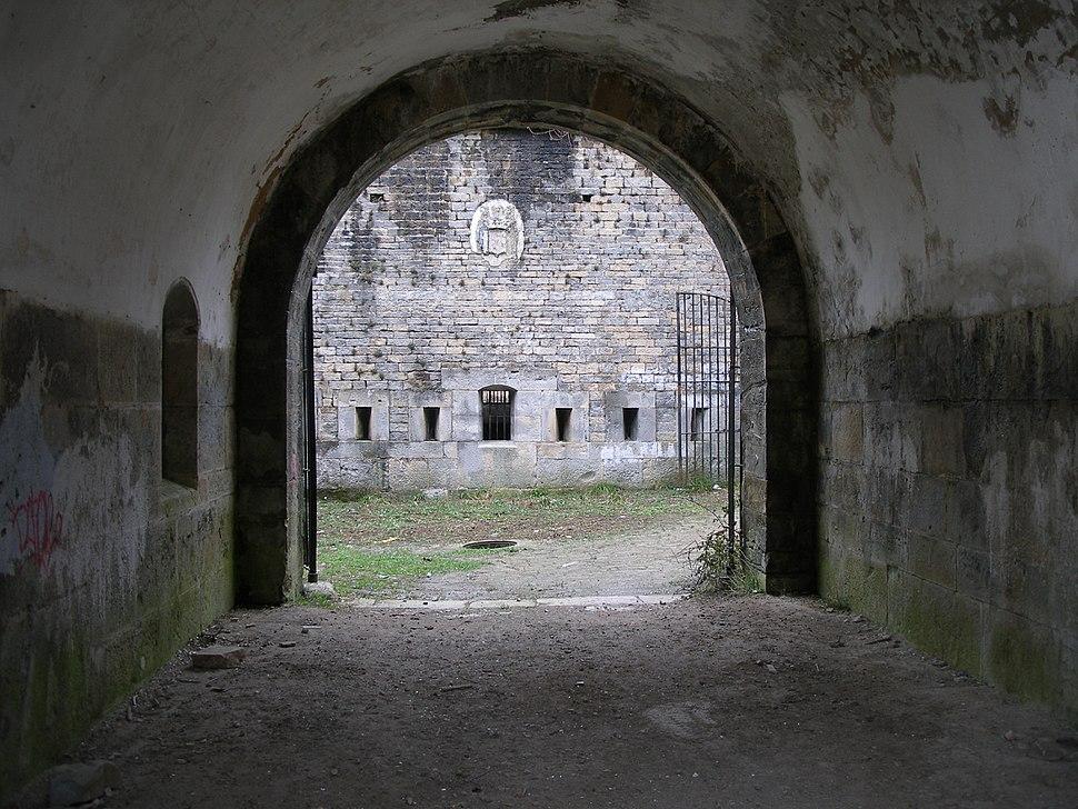 Pasillo entrada fuerte San Cristóbal