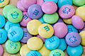 Pastel colored Easter M&Ms (13021066724).jpg