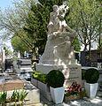 Pere Lachaise - 27752239484.jpg