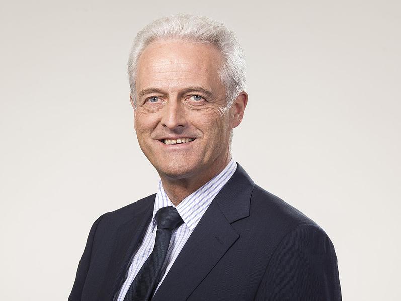 Datei:Peter Ramsauer - Verkehrsminister.jpg