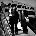 Peter Ustinov boarding on a plane.jpg