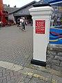 Pillar at Alexandra Gardens, Weymouth (geograph 4557844).jpg