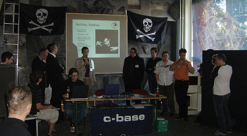 File:Pirate Party Germany Candidates.jpg