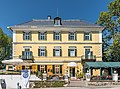 Poertschach Bahnhofplatz Oesterreichischer Hof Ost-Ansicht 27052017 8946.jpg