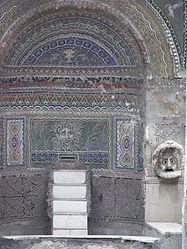 Pompeii House of the Large Fountain 3.jpg
