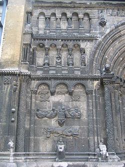 Portal left