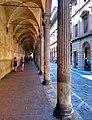 Portico via Zamboni. Bologna.jpg