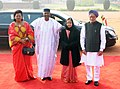 Pratibha Devisingh Patil and the Prime Minister, Dr. Manmohan Singh with the President of Mali, Mr. Amadou Toumani Toure and Mrs. Toure Lobbo Traore, at the ceremonial reception at Rashtrapati Bhavan, in New Delhi.jpg