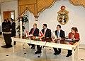 Première réunion du groupe de «l'initiative de la Communauté des démocraties» (6868910445).jpg