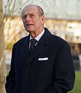 Prince Phillip looking at City Hall, November 2008 cropped