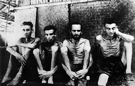 British and Australian POWs in Singapore's Changi Prison Prisoners in Changi Jail, Singapore. Wellcome L0025435.jpg