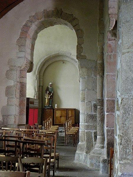 Église Saint-Beheau de Priziac (56). Collatéral nord.