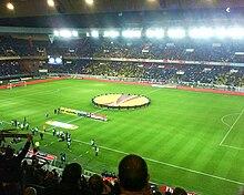Paris Saint-Germain Football Club — Wikipédia 92de2735651