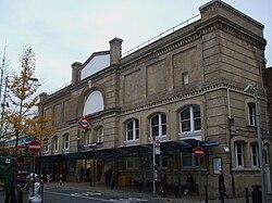 パットニー・ブリッジ駅