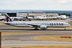 Qatar Airways, A7-BEP, Boeing 777-3DZ ER (43687231204).jpg