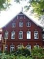 Quellental 25 - Frontalansicht (Hamburg-Nienstedten).jpg