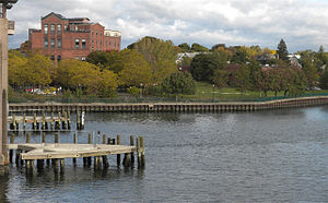 Fair Haven, New Haven - View of the Quinnipiac Brewery from the Grand Avenue Bridge