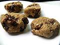 Raw Vegan Oatmeal Cookies (3510777539).jpg