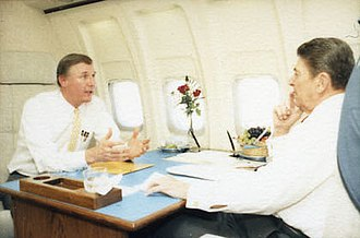 Dan Burton - Burton with President Ronald Reagan in 1987