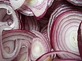 Red onion rings closeup.jpg