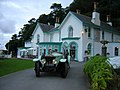 Rolls Royce Silver Ghost with Portmeirion Hotel in the background - geograph.org.uk - 525003.jpg