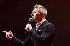 Ronan Keating - 2016330210116 2016-11-25 Night of the Proms - Sven - 1D X - 0232 - DV3P2372 mod.jpg