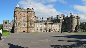 Royal Palace of Holyroodhouse 2.jpg
